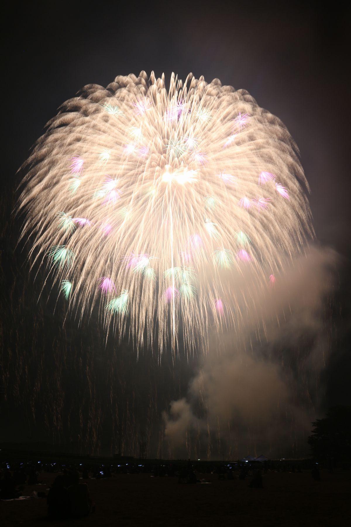 http://www.town.asakawa.fukushima.jp/blog-files/hanabi%20%2830%29.JPG